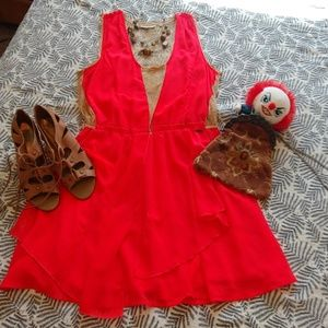 Neon Guess lace dress